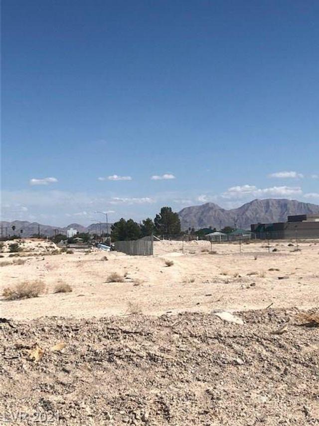 Rossmoyne, North Las Vegas, 89030, NV - photo 0