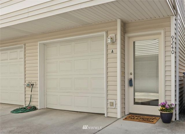 Listing photo 1 for 9240 Interlake Ave N Unit A
