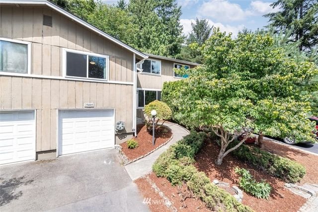 Listing photo 1 for 25005 146th Ave SE
