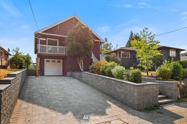 Listing photo 1 for 4414 50th Ave S