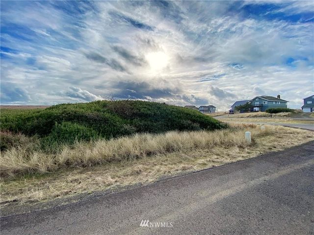 1226 Ocean Shores Blvd, Ocean Shores, 98569, WA - photo 0
