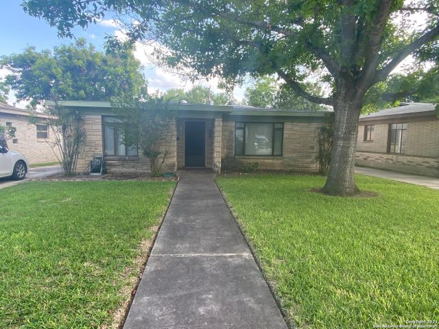 Listing photo 1 for 534 Cosgrove St