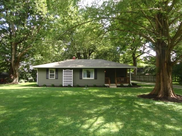 Listing photo 1 for 4515 Mounds Rd