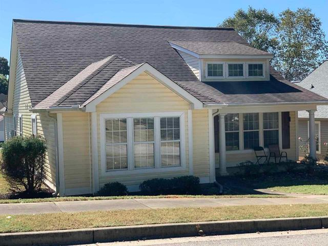 Listing photo 1 for 410 Fairlawn Dr Unit 39