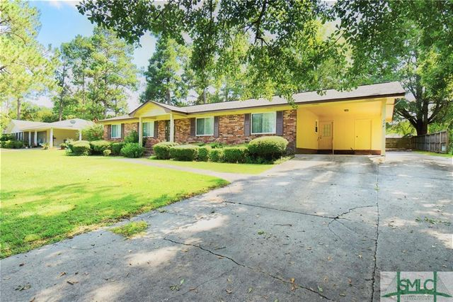 Listing photo 1 for 208 S Parkway Dr