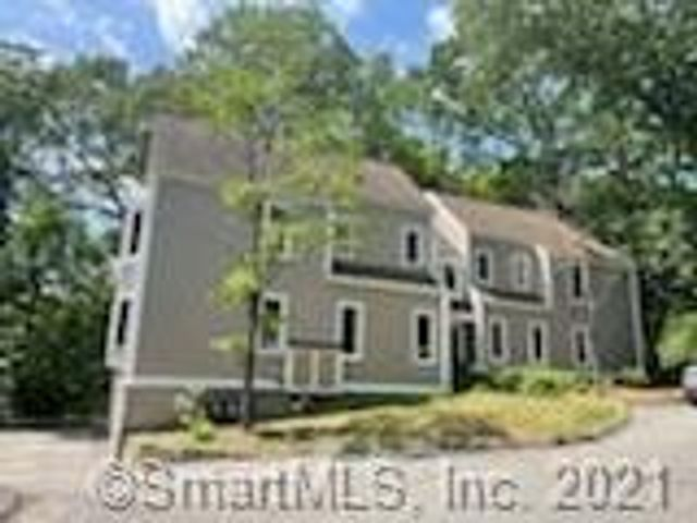 Listing photo 1 for 360 Fountain St Unit 39