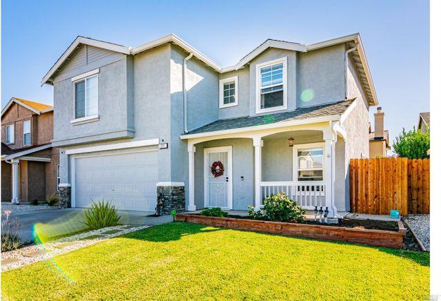 Property photo 1 featured at 221 Rambler Rose Ln, Suisun City, CA 94585