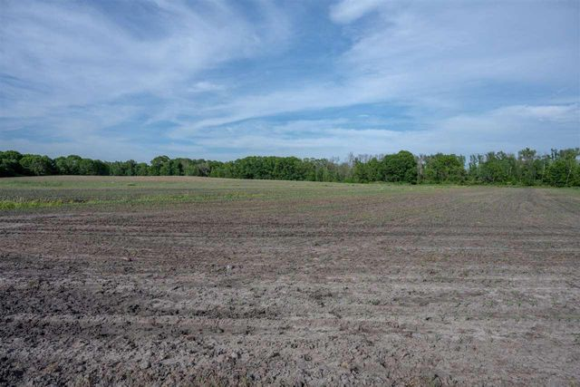 Listing photo 1 for 45.2AC County Road B