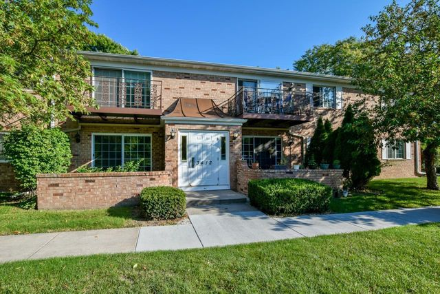 Listing photo 1 for 3412 Valley Ridge Rd Unit 4