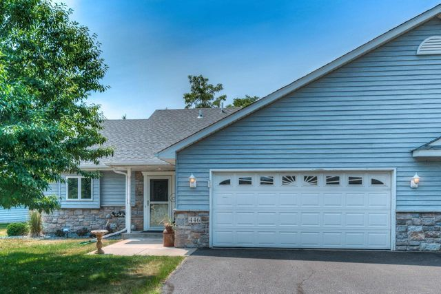 Listing photo 1 for 446 3rd St