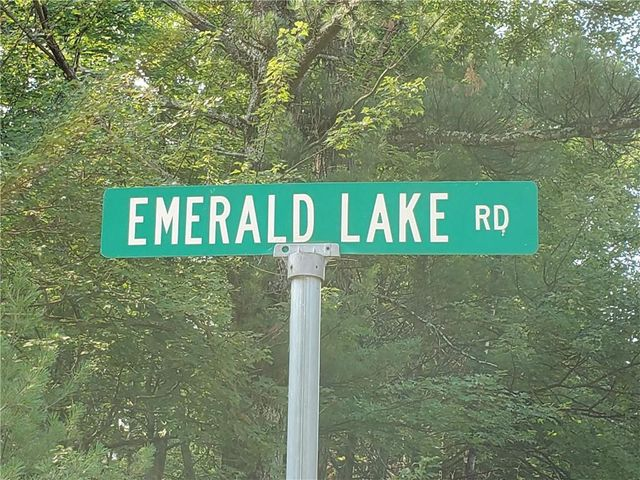 Listing photo 1 for LOT5 Emerald Lake Rd