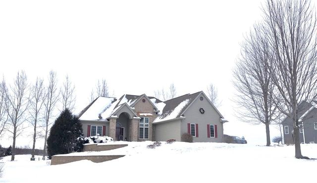 11 Whispering Springs Ct, Fond du Lac, 54937, WI - photo 0