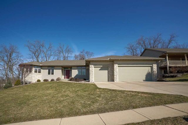 140 Valley View Rd, Mount Horeb, 53572, WI - photo 0