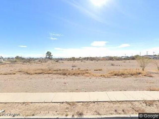 Listing photo 1 for 1555 W San Marcos Blvd -