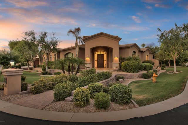 825 S Stellar Pkwy, Chandler, 85226, AZ - photo 0