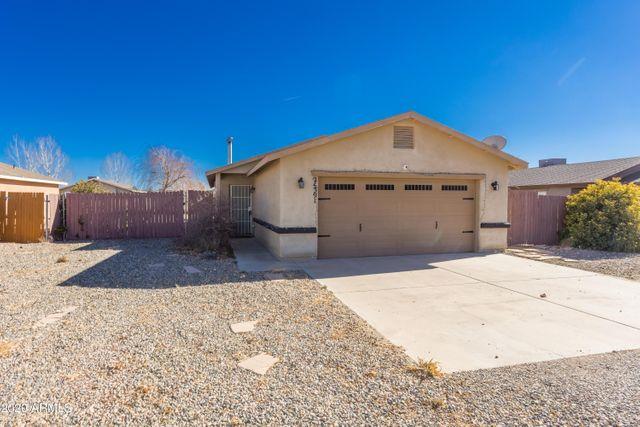 24391 N Diamond Head Ave, Paulden, 86334, AZ - photo 0
