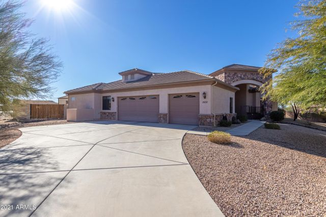 1531 E Chickasaw Dr, Deer Valley, 85086, AZ - photo 0