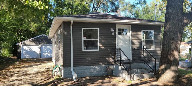 Listing photo 1 for 1035 Sill Ave