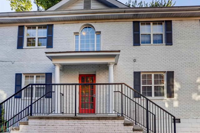 Listing photo 1 for 830 Greenwood Ave Unit 5