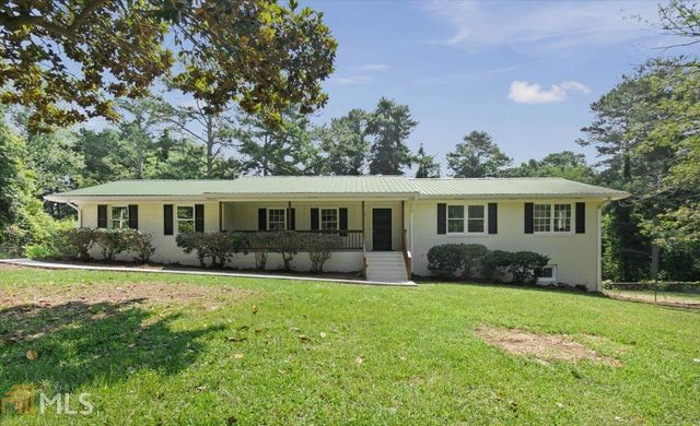 Listing photo 1 for 381 Treetop Dr