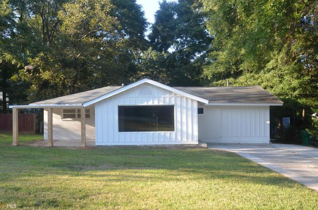 Listing photo 1 for 3032 Brook Dr