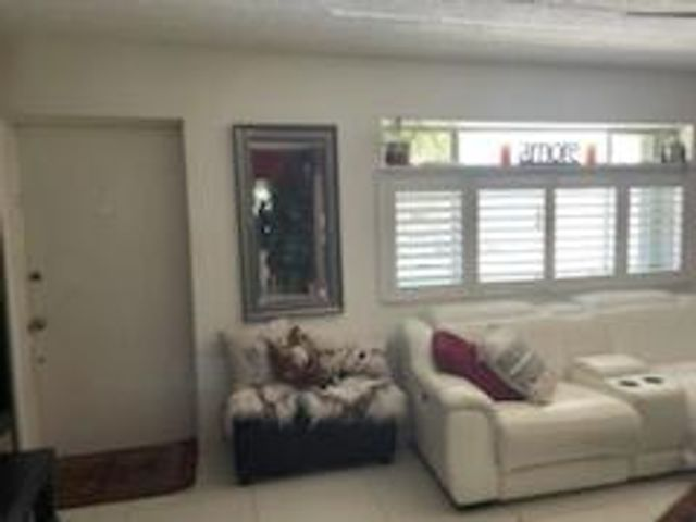 3200 Springdale Blvd Unit 206, Palm Springs, 33461, FL - photo 0