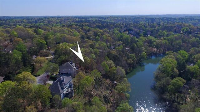Listing photo 1 for 0000 River Bluff Ln