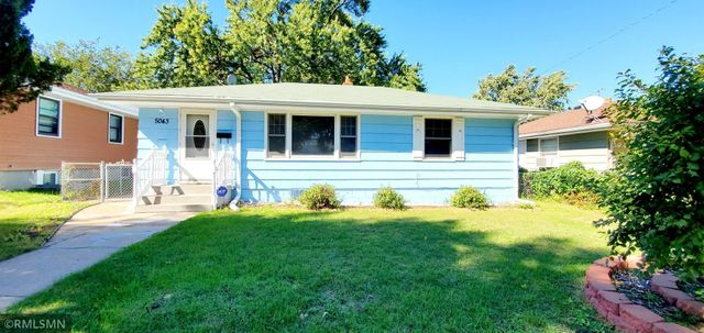 Listing photo 1 for 5043 Thomas Ave N