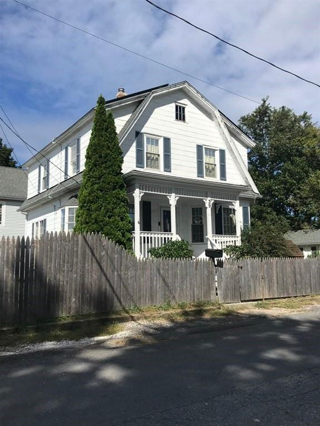 Property photo 1 featured at 39 Crane St, Swansea, MA 02777