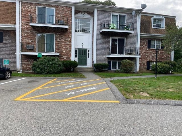 3 Chapel Hill Dr Unit 1, Plymouth, 02050, MA - photo 0