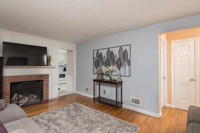 276 Middle St, Weymouth Town, 02189, MA - photo 0