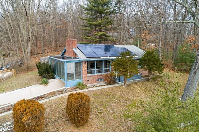 451 Rocky Hill Rd, Northampton, 01062, MA - photo 0