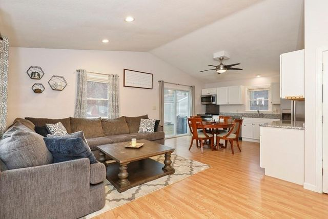 6 Parker Dr, Plymouth, 02360, MA - photo 0