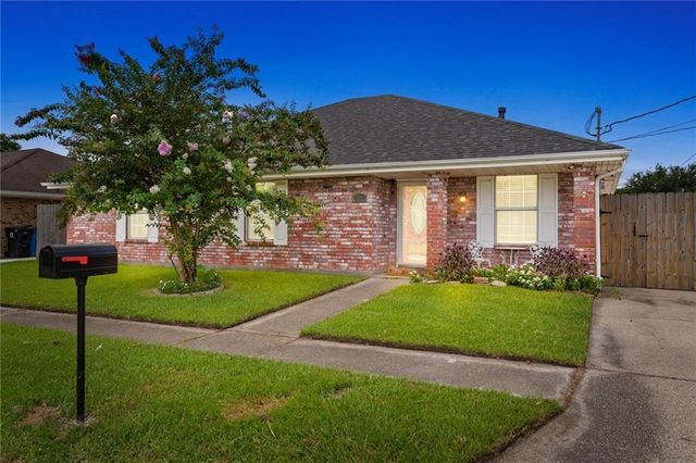 Listing photo 1 for 2512 Gallo Dr
