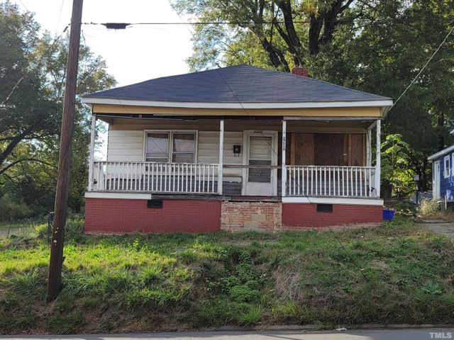 Listing photo 1 for 1307 N Alston Ave