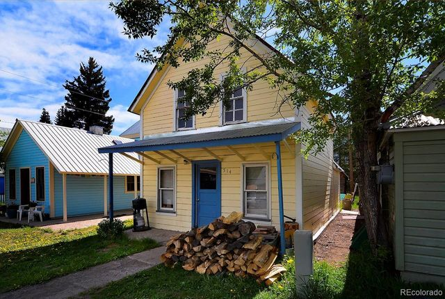 Listing photo 1 for 514 3rd St