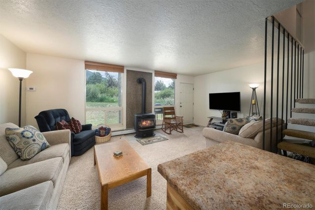 Listing photo 1 for 390 Straight Creek Dr Unit 307