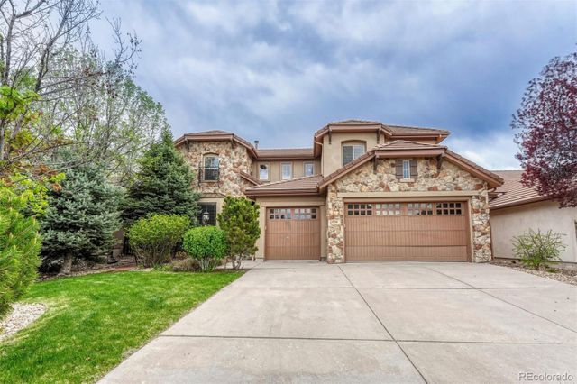 Listing photo 1 for 9794 Sunset Hill Cir