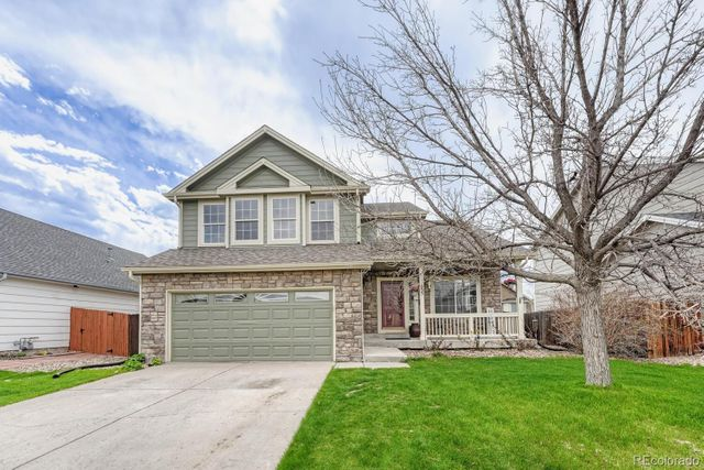 Listing photo 1 for 655 Pitkin Way