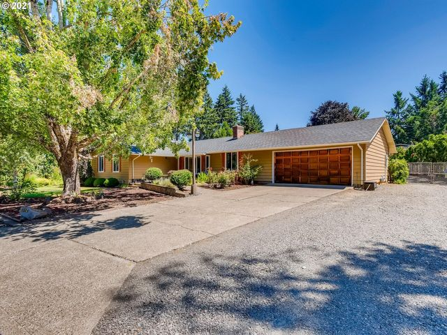 Listing photo 1 for 21792 S Larkspur Ave