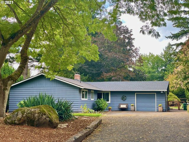 Listing photo 1 for 7225 SW Shady Ct