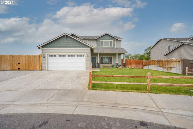 Listing photo 1 for 2375 NW Valley View Dr