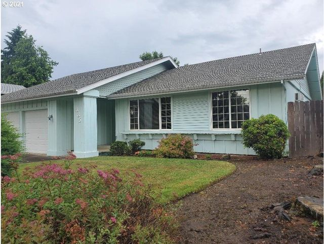 Listing photo 1 for 335 67th St