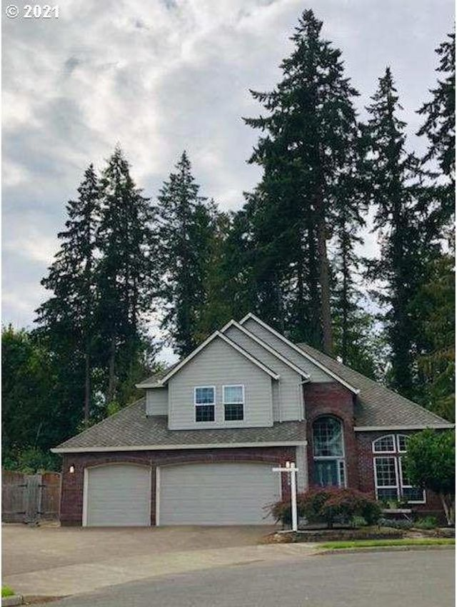 Property photo 1 featured at 1839 N Teakwood Cir, Canby, OR 97013