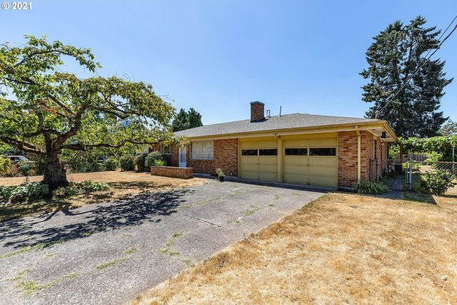 Listing photo 1 for 1054 Woodlawn Ave