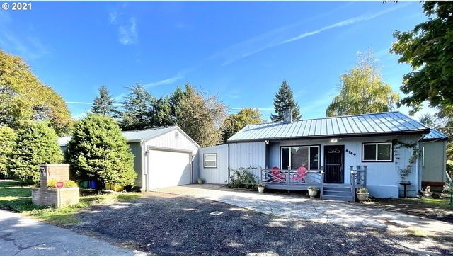 Listing photo 1 for 4144 SE 115th Ave