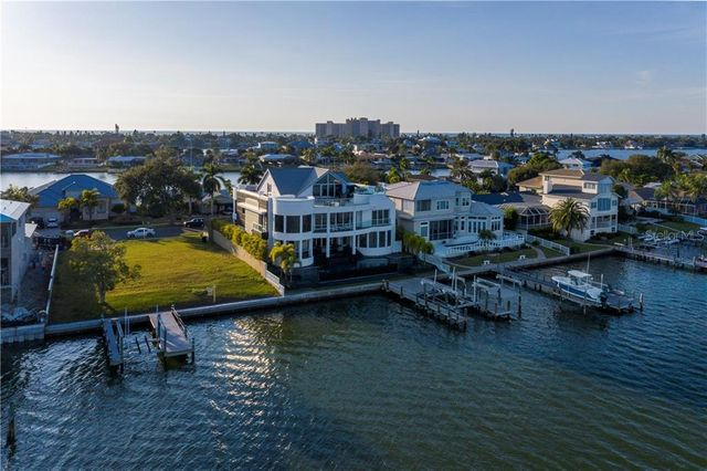 837 Harbor Is, Clearwater, 33767, FL - photo 0