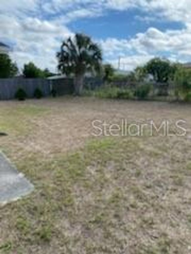 8018 Pineapple Ln, Port Richey, 34668, FL - photo 0