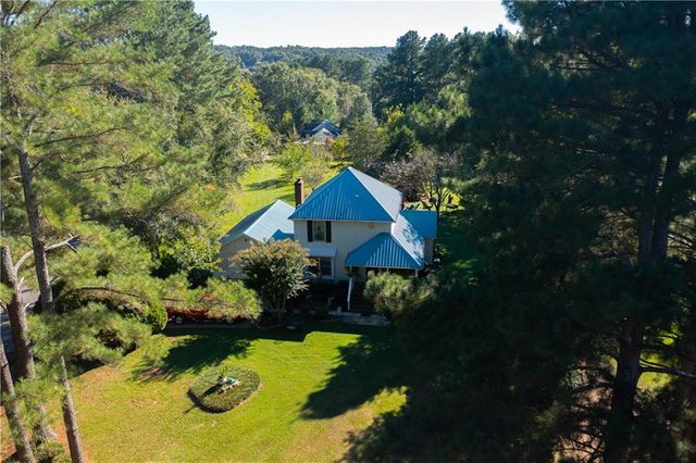 Property photo 1 featured at 263 Madison Shores Dr, Westminster, SC 29693