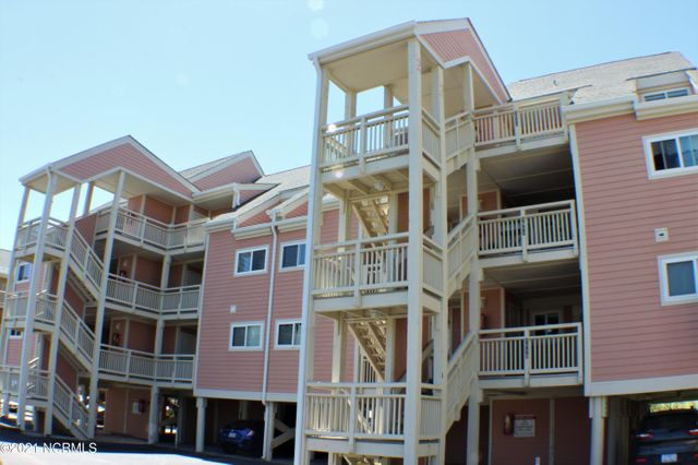 Listing photo 1 for 1000 Caswell Beach Rd Apt 1509
